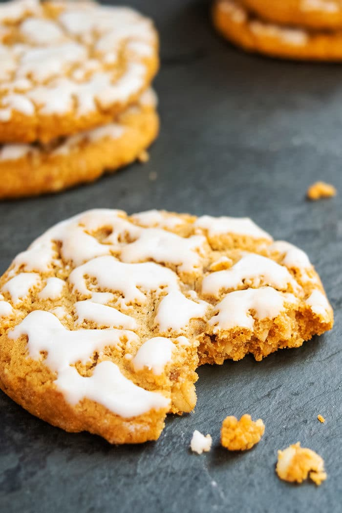 Classic Iced Oatmeal Cookies