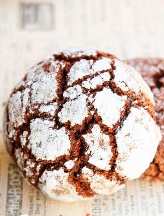 Homemade Chocolate Crinkle Cookies Recipe