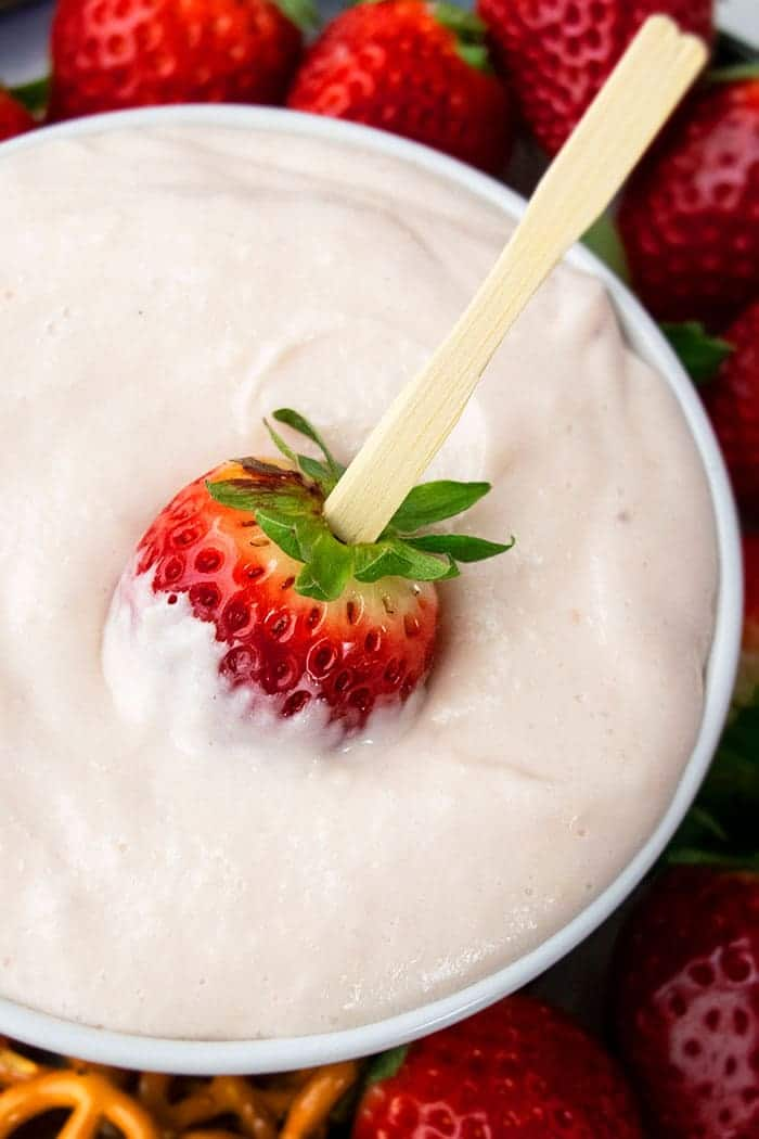 Easy Cream Cheese Fruit Dip Recipe