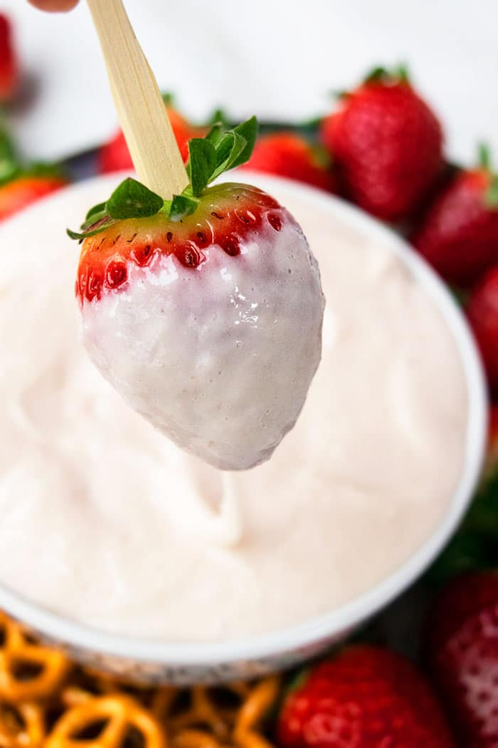 Best Marshmallow Fruit Dip