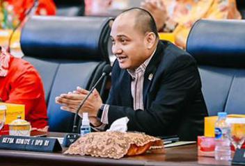 Kapolri Jenderal Listyo Sigit Prabowo meminta kepada seluruh jajarannya untuk tidak bersikap anti-kritik atas masukan dari masyarakat