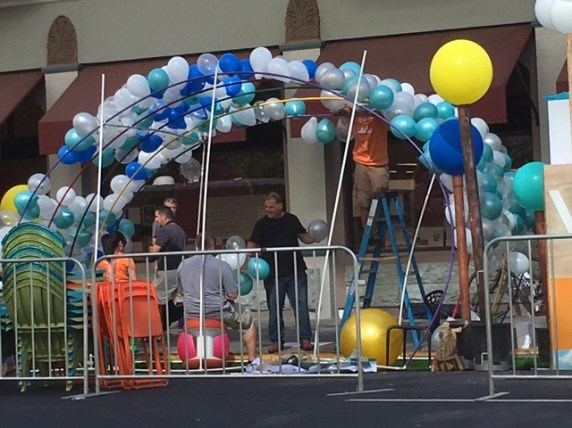 It's 10:20 a.m. and they're still blowing up balloons in Sacramento. Photo: Melanie Curry