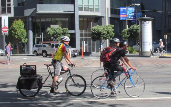Caltrans' strategic plan seeks to triple the percentage of trips taken by bicycle trips and double walking trips by 2020. That's in 3+ years. Photo: Melanie Curry/Streetsblog