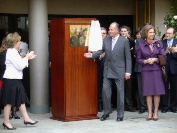 Los Tambores de Calanda con los Reyes de España - París 2006