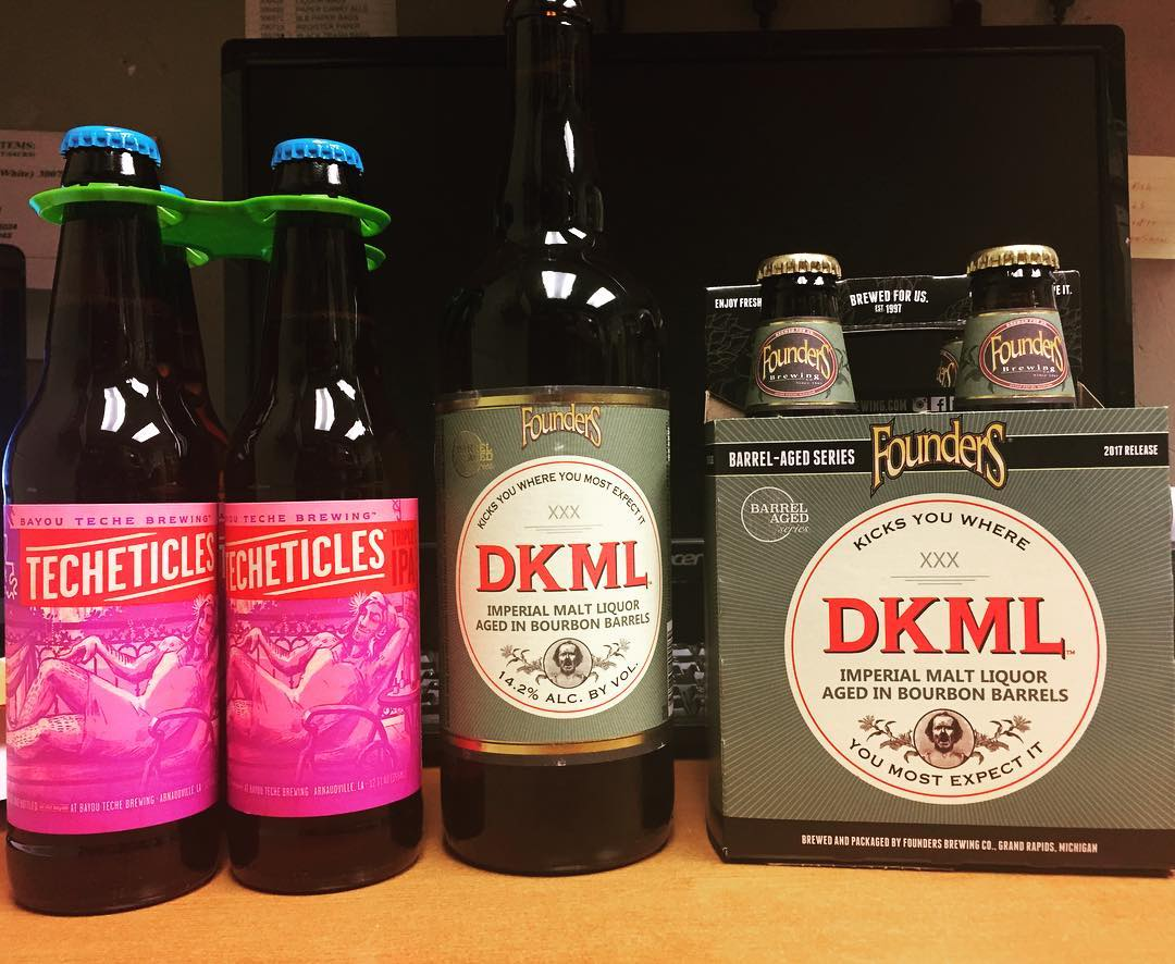 @bayoutechebrewing Techeticles, Triple IPA and @foundersbrewing DKML, Imperial Malt Liquor aged in Bourbon Barrels are…