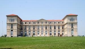 Palais_du_Pharo_-_Marseille