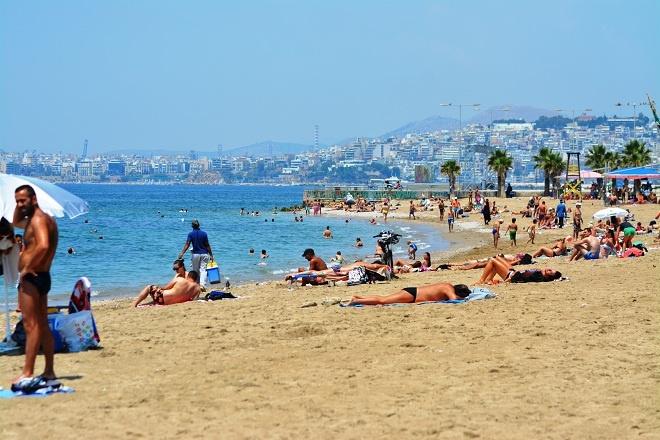 plaja din atena