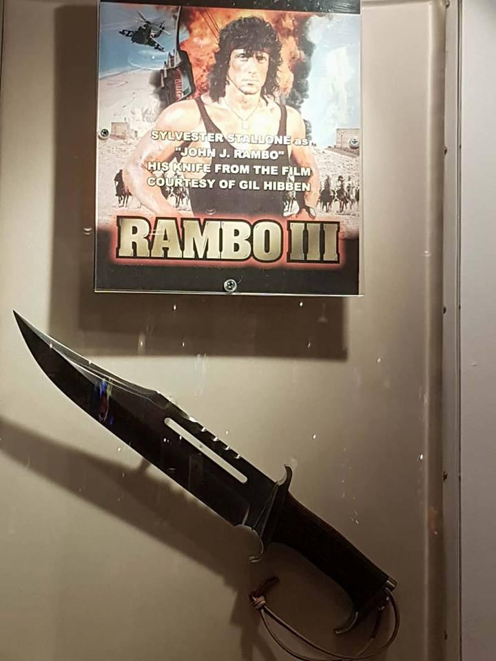 cutitul lui Rambo