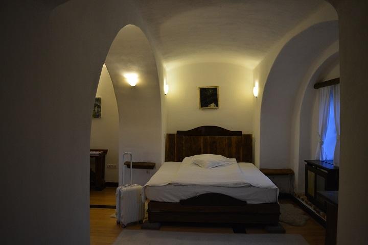 Camera Poarta Castelului