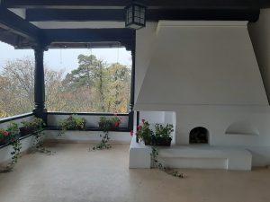 Terasa de la Vila Florica
