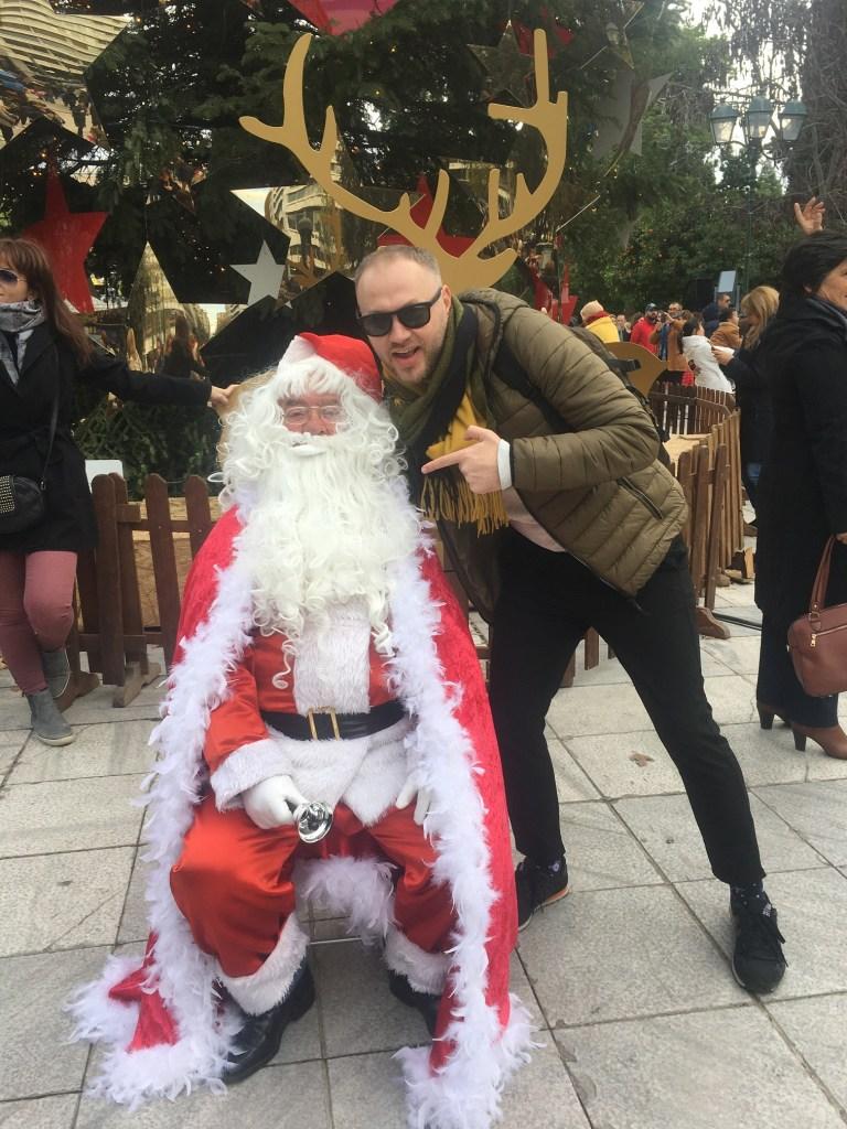 Moș Crăciun Atena