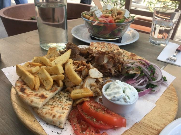 mâncare tradițională grecească
