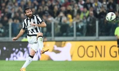 Andrea Pirlo punizione Juventus