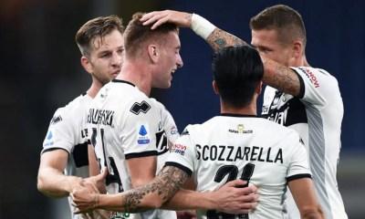 Esultanza gol giocatori Parma