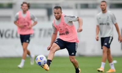 Arthur allenamento Juventus