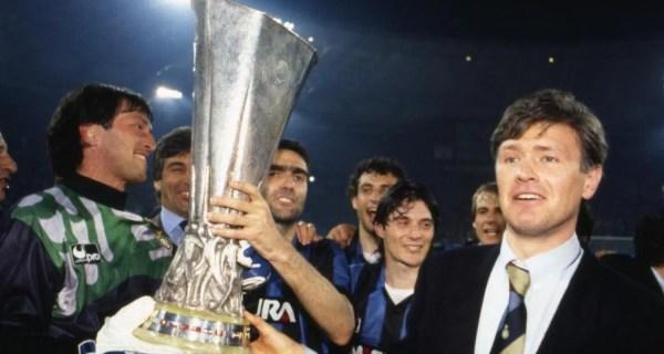 festeggiamenti Inter Coppa Uefa 1990-1991