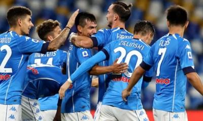 esultanza gol Hirving Lozano Napoli