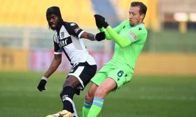 Gervinho-Lucas Leiva Parma-Lazio