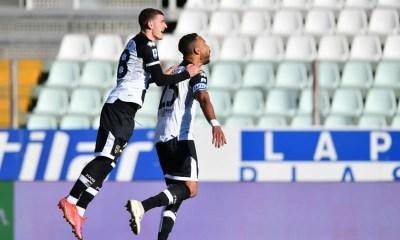 Esultanza gol Mihaila Hernani Parma
