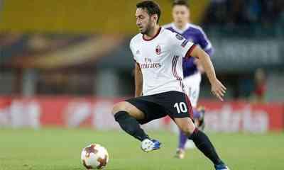 Calhanoglu-Milan-Europa-League