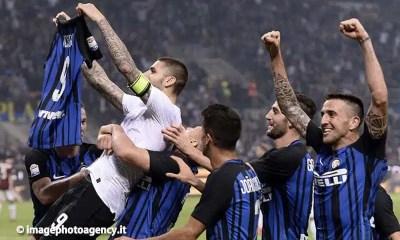 Esultanza-giocatori-Inter-Derby