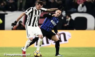 Mario-Mandzukic-Danilo-D'ambrosio-Juventus-Inter