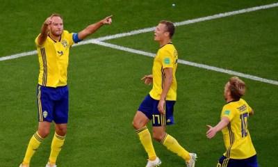 esultanza Granqvist Svezia