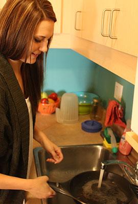 Jayna-Washing-Dishes