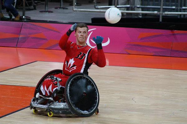 Zak Madell catching ball at 2012 London paralympics