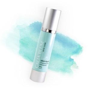 Jabón facial de limpieza profunda hidratante render