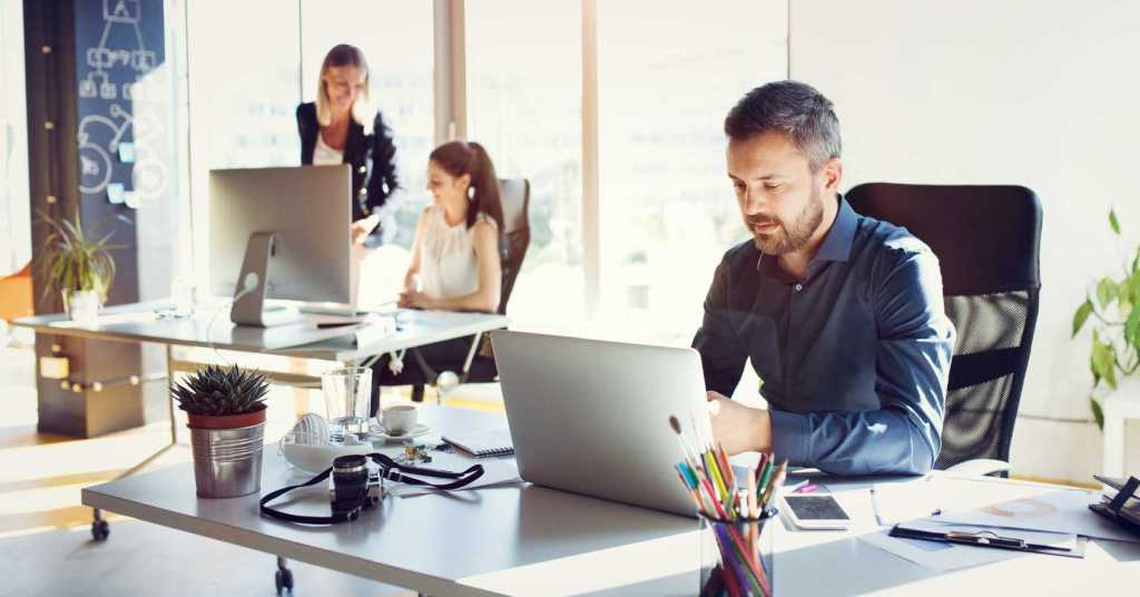 Smart Companies Spotlight Customers on Social Media in Springfield MO
