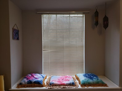 front window with blinds