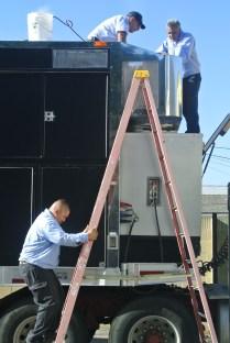 vehicle, truck, networking, hvac, air conditioning, semi truck, portable, repair, road repair, emergency service