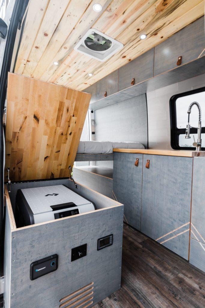Camper van refrigerator box for Dometic CFX3 45.