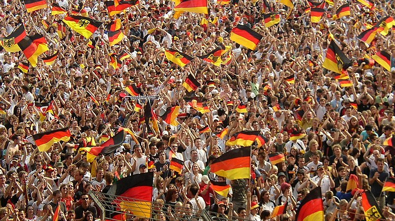 800px-World_Cup_2006_German_fans_at_Bochum.jpg