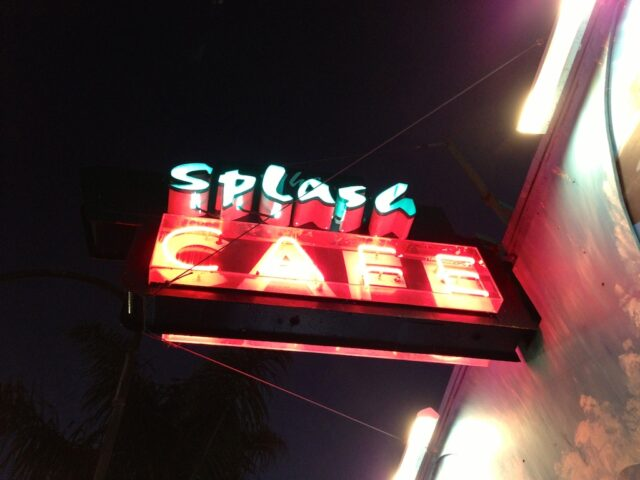 Splash Cafe Pismo Beach Sign 640x480