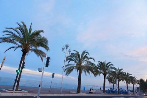 beach on promenade des anglais
