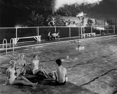 O. Winston Link, Swimming Pool