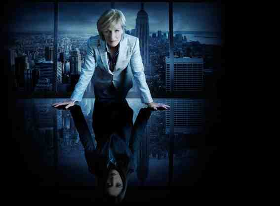 Glenn Close as Patty Hewes and Rose Byrne as Ellen Parsons in Damages