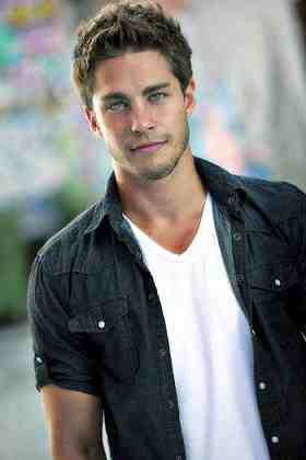 Dean Geyer as Mark Reynolds from Terra Nova