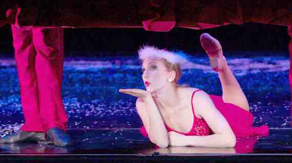 Smuin Ballet Swims in the Blue Ocean of Holiday Fun 3