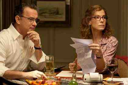 Sandra Bullock as Linda Schell and Tom Hanks as Thomas Schell in Extremely Loud and Incredibly Close