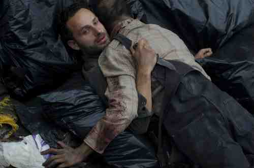 "The Walking Dead Recap: ""18 Miles Out"" (Season 2, Episode 10) 22"