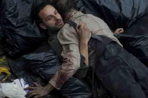 "The Walking Dead Recap: ""18 Miles Out"" (Season 2, Episode 10) 12"