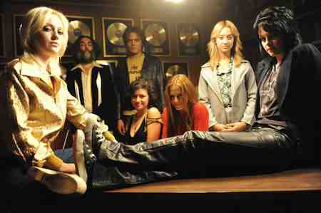 Dakota Fanning and Kristen Stewart lead the fictionalized Runaways