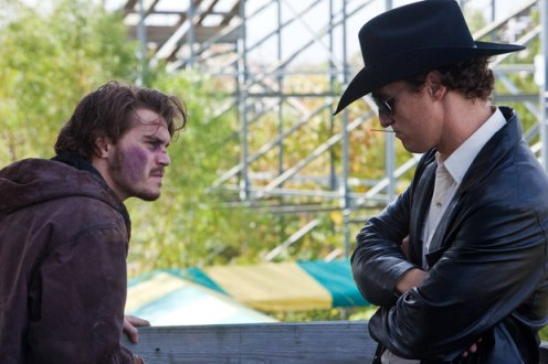 Chris (Emile Hirsch) and Joe (Matthew McConaughey) in Killer Joe