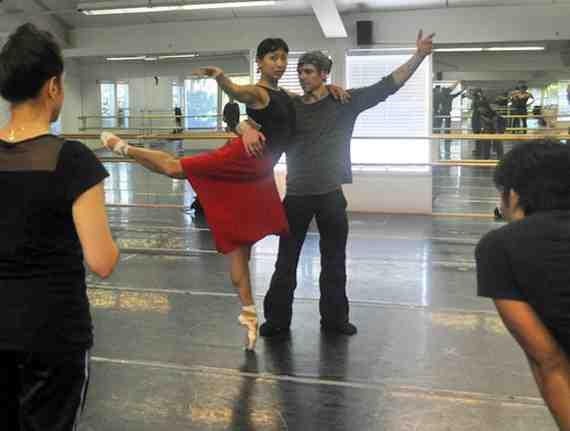 Rehearsal Still: A Swingin' Holiday