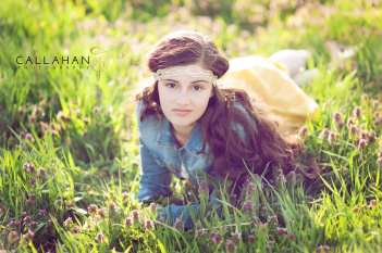 vintage theme senior pictures