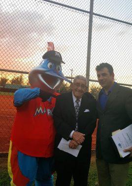 Billy the Marlin Rafael Felo Ramirez and Miami Dade Parks Asst. Dir. for Operations at field naming ceremony e1481825681639 906x1280 - Rafael 'Felo' Ramirez Baseball Field