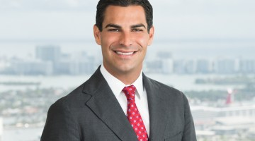 Suarez Francis 1 - City of Miami Mayor Launches Official Twitter Account